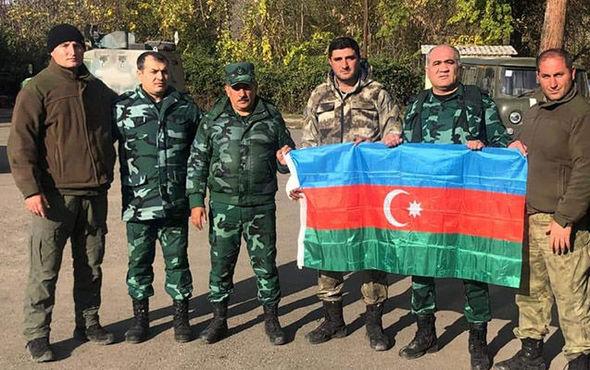 Azərbaycan Güləş Federasiyasının vitse-prezidenti sərhədçilərimizə bayraq təqdim edib