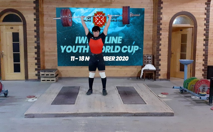 Ağırlıqqaldıranımız Dünya kubokunda 3 medal qazandı
