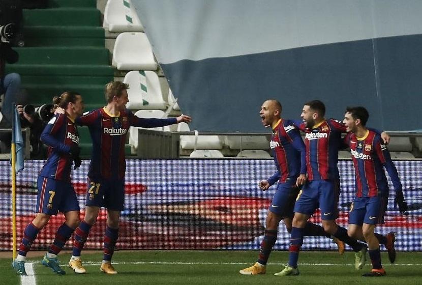 """""""Barselona"""" penaltilərdə qalib gələrək finala yüksəldi"""