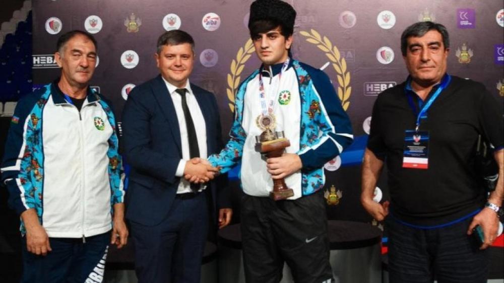 Boksçularımız Rusiyada iki bürünc medala sahib çıxdı