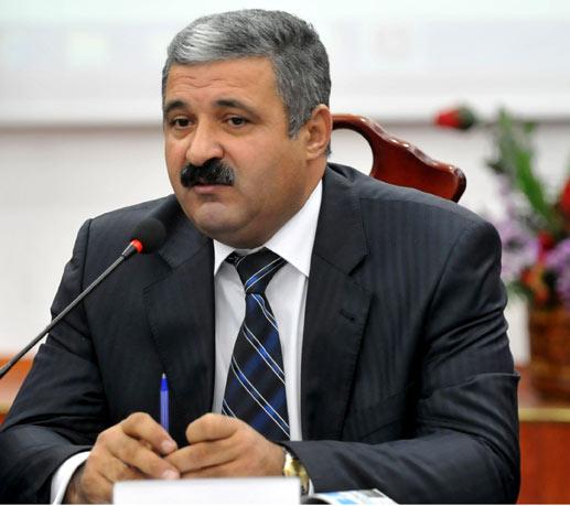 Əməkdar jurnalist deputatlığa namizəd oldu